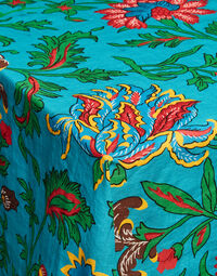 Large Tablecloth 4