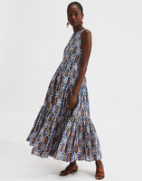 Sleeveless Big Dress