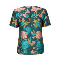 Lilium Verde The Embroidered Jazzy Tee 5