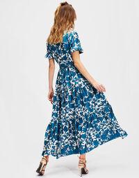 Long and Sassy Dress 3